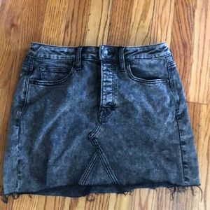 Acid wash dark grey jean skirt